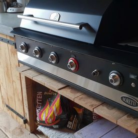 project buitenkeuken barbecue